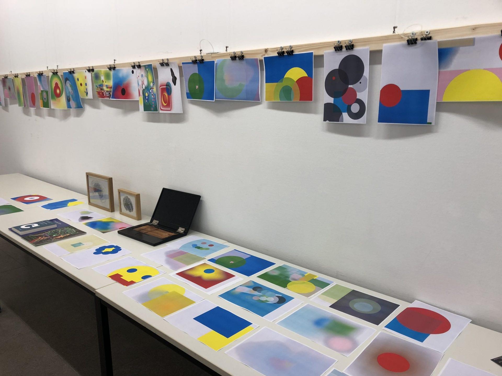 """Ausstellung """"Ich male - also bin ich""""  Brain-Paintings  bunte BIlder"""