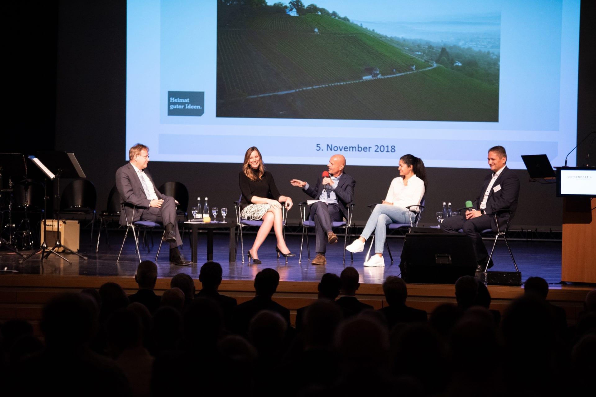 Kristina zur Mühlen als Gast der Podiumsdiskussion beim Schorndorfer Unternehmerforum 2018