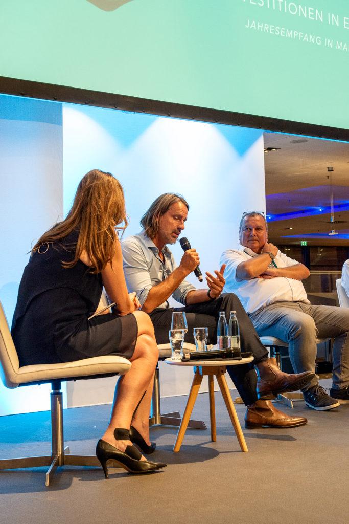 Podiumsdiskussion mit Richard David Precht zu nachhaltigen Investments